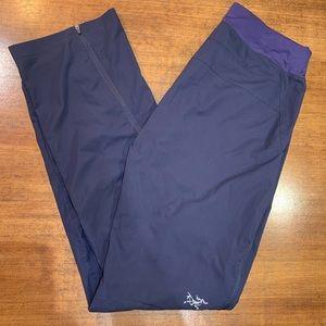 Arctery'x | Womens Pants - Size XS